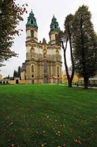 _wsb_426x641_5hpklosterkirchegrc3bcssauimg_8997